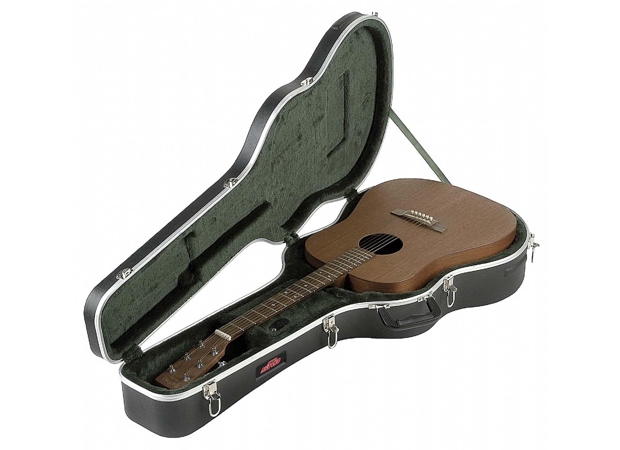 8 - Gitarrcase, akustisk gitarr